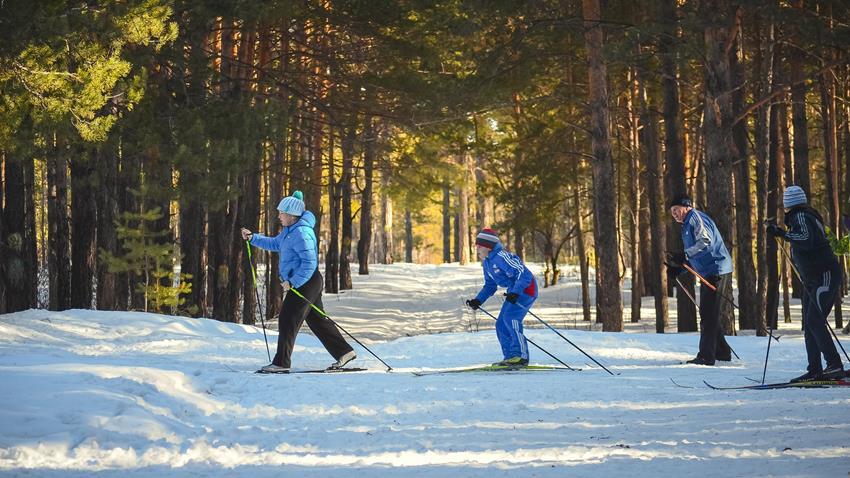 45f24757b3afb Ski nordique - Différence entre Ski de fonc classique et Skating