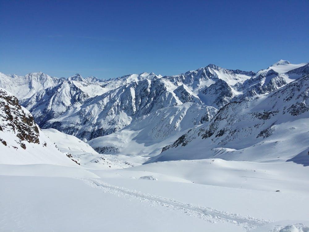 Le ski de randonnée au coeur de la montagne