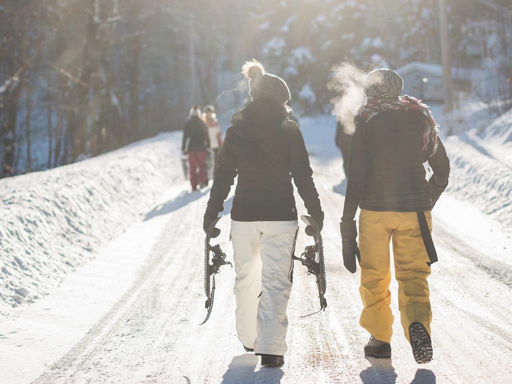 Ski, raquettes, snow, des moments à partager entre amis