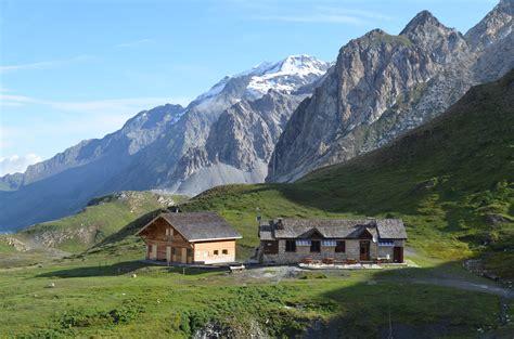 Le refuge du Palet est situé à plus de 2500 m d'altitude au coeur du Parc de la Vanoise