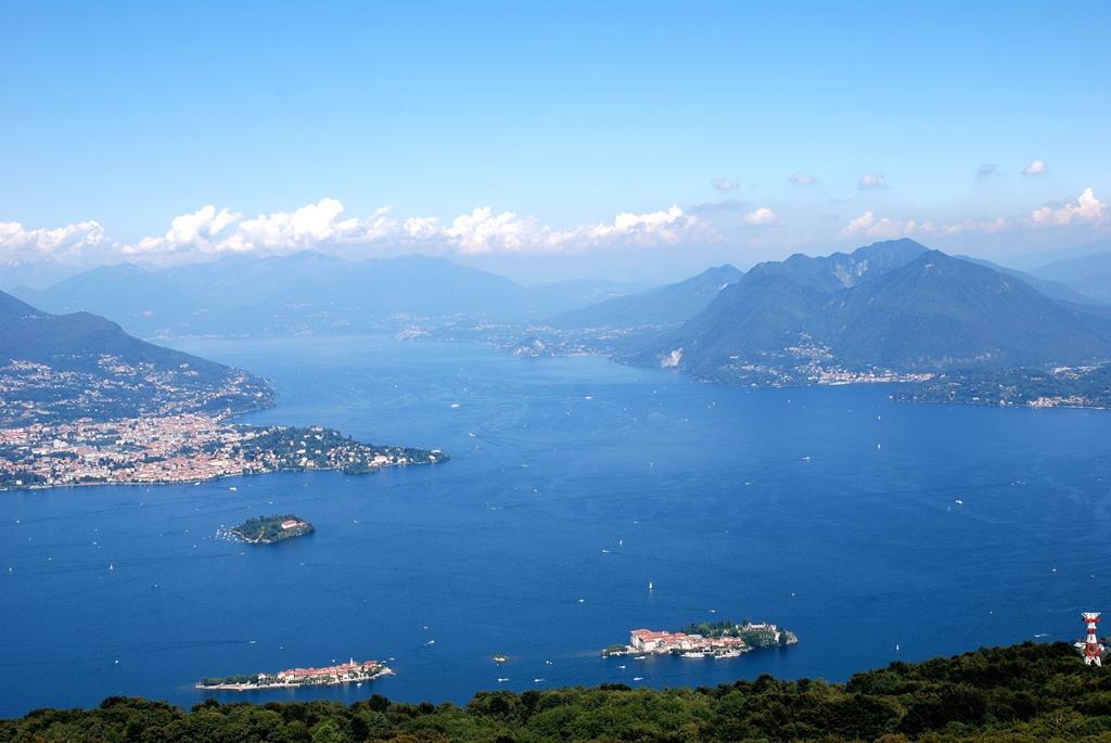 Vue panoramique du lac du Bourget