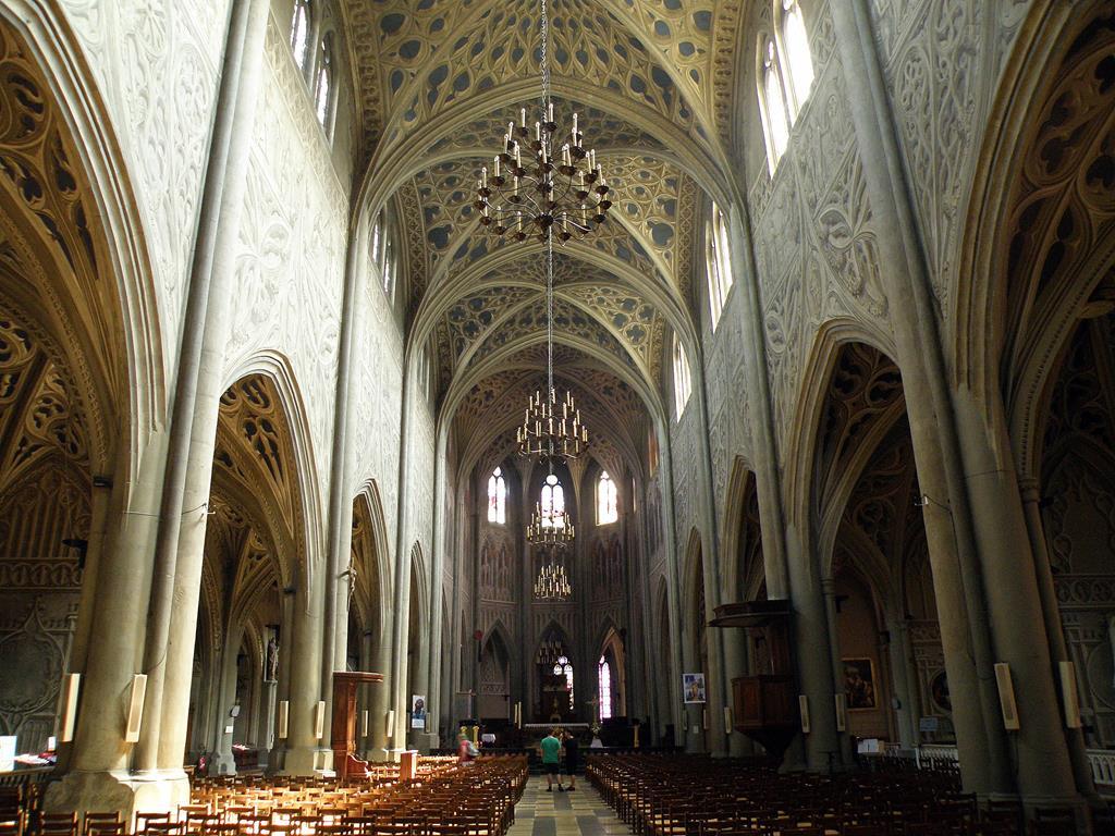 Une prouesse architecturale : la cathédrale St Francois de Sales