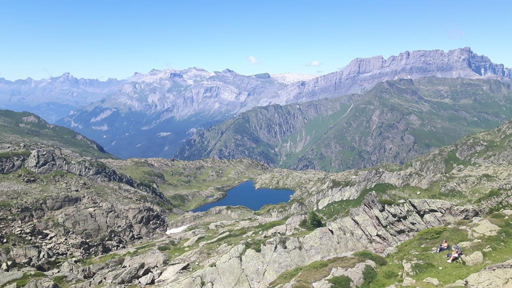 Admirez le Mont Blanc depuis le lac de Brévent